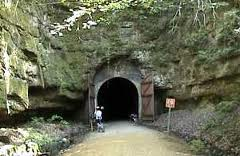 This image has an empty alt attribute; its file name is biketrail.jpg